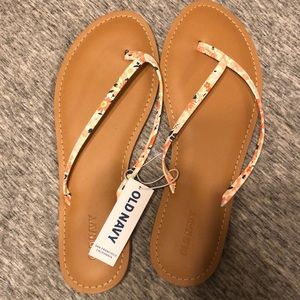 OLD NAVY summer flip flops size 8
